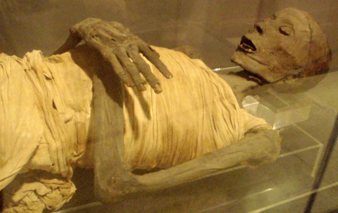 Mummy-UpperClassEgyptianMale-SaitePeriod_RosicrucianMuseum